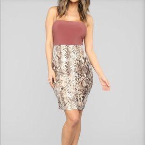 Snakeskin print midi skirt size: S FASHION NOVA